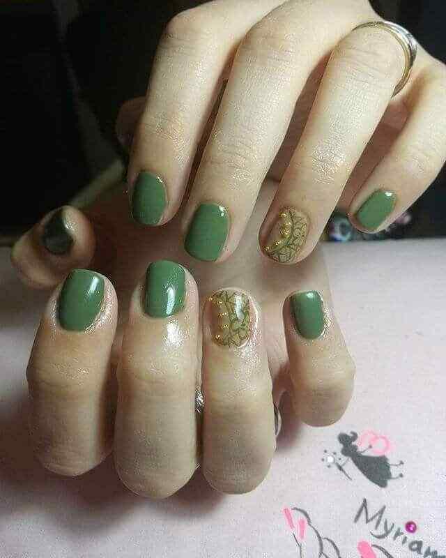 uñas cortas verdes
