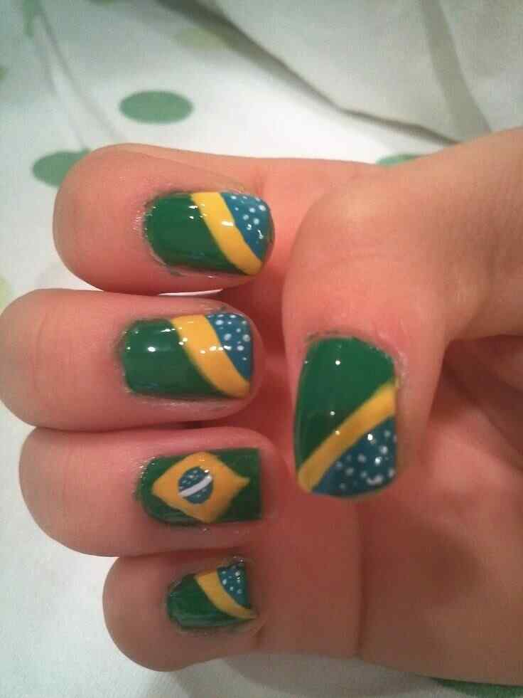 uñas decoradas bandera brasil