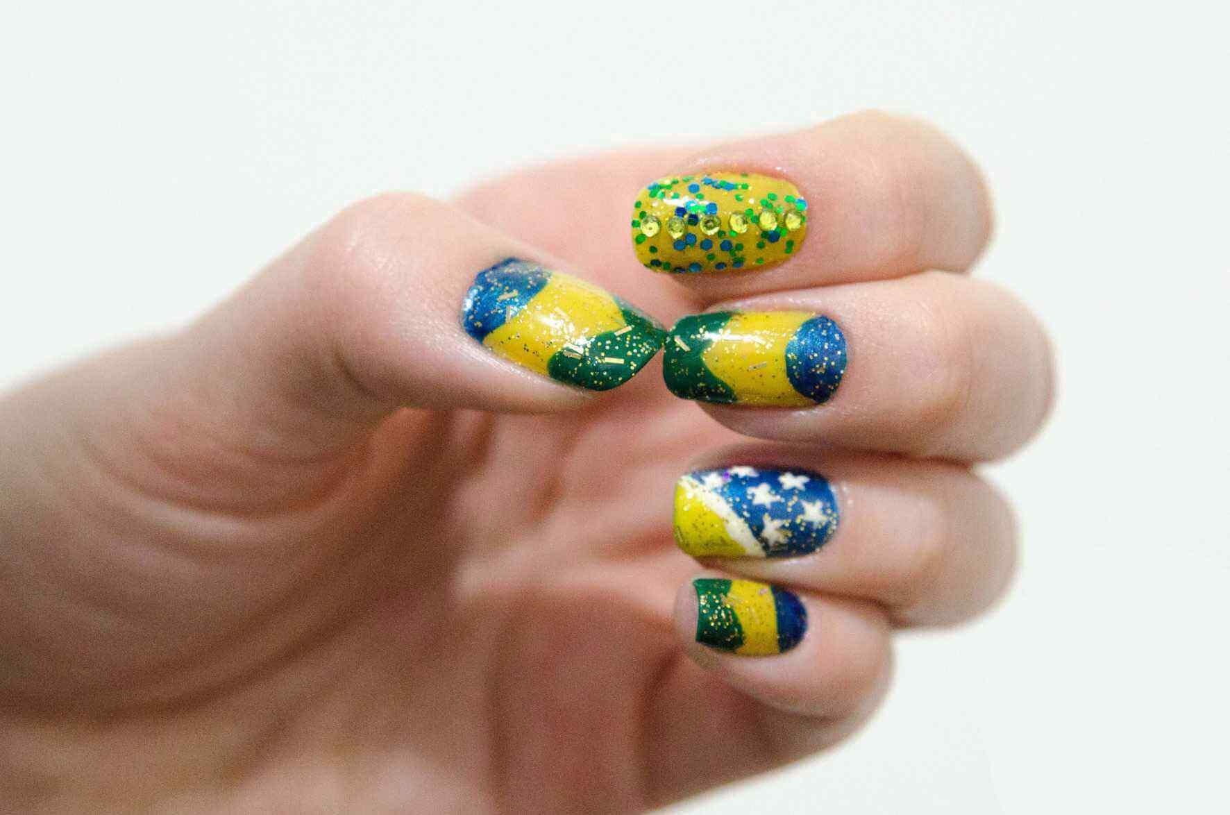 uñas decoradas colores brasil