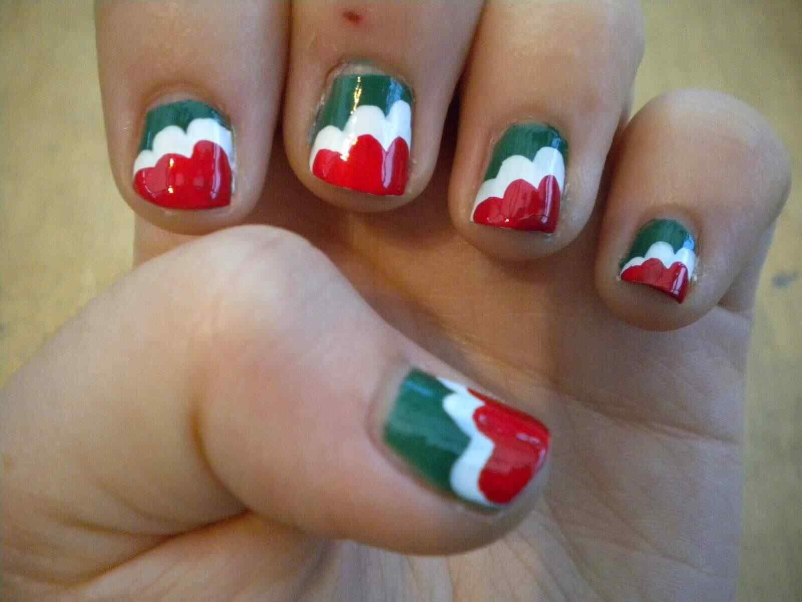 uñas decoradas colores de italia