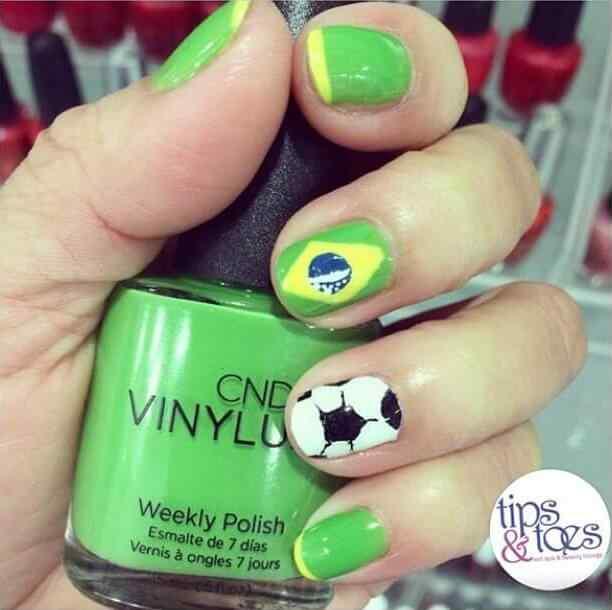 uñas decoradas futbol brasil