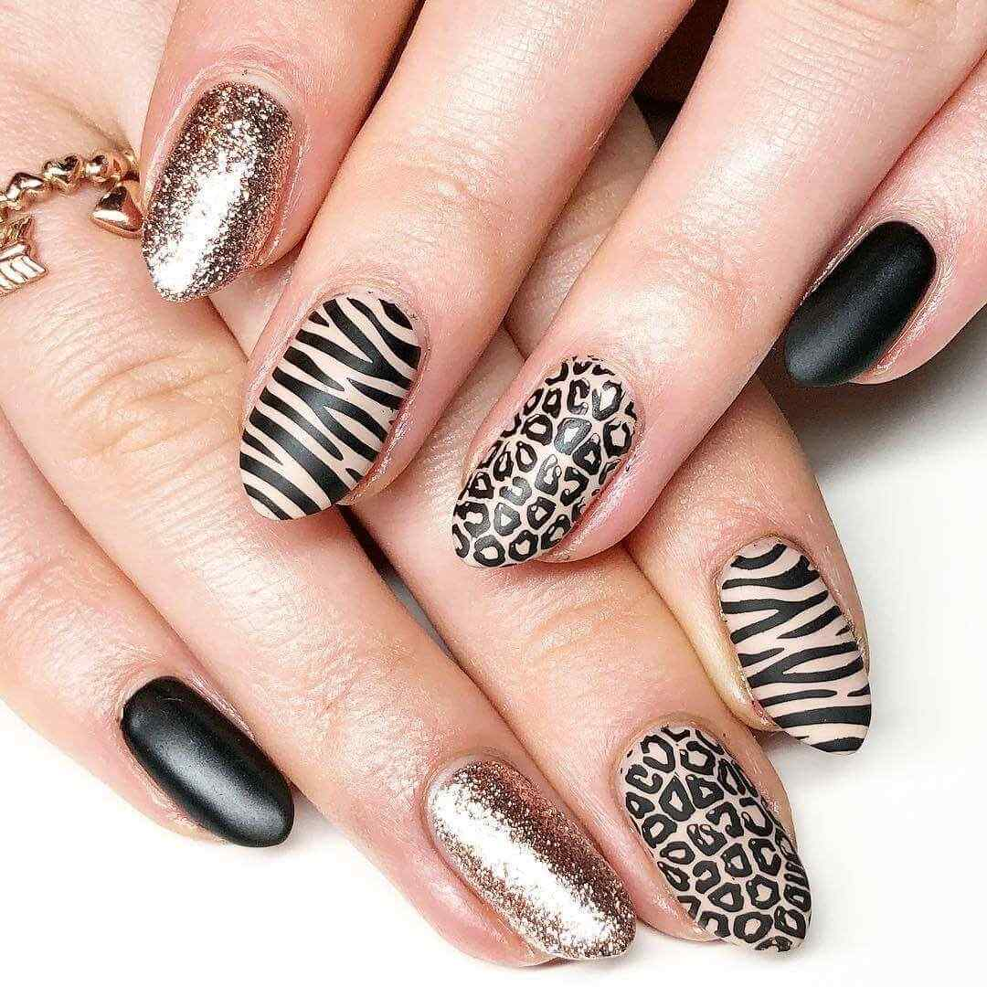 animal print nail decoration