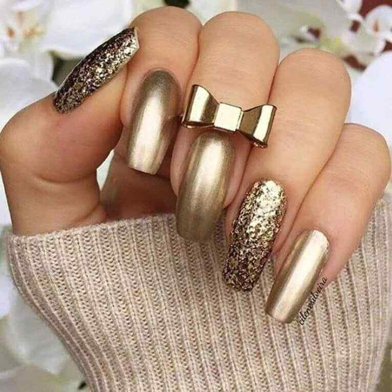 Golden Matte Nails