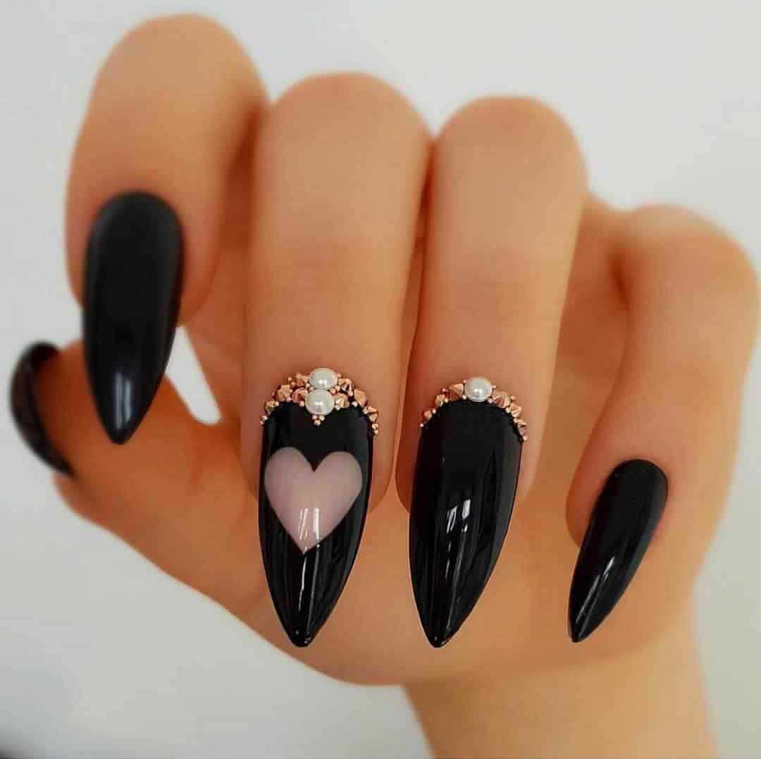 Black nails with hearts