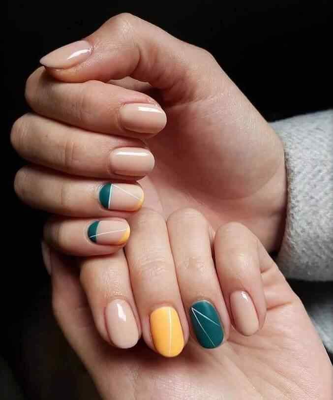uñas elegantes diseño con colores