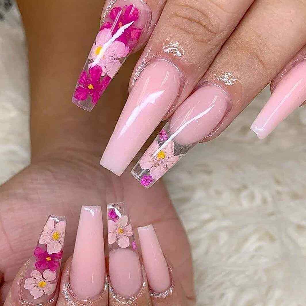 acrílicas con flores