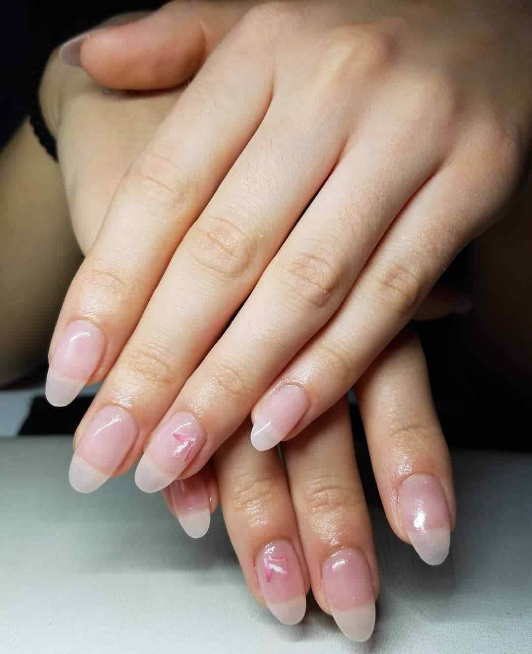 decoración de uñas acrílicas nude