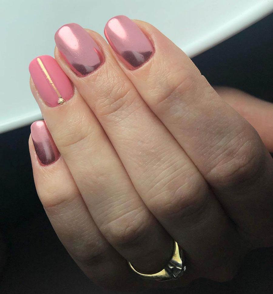 diseño de uñas efecto espejo rosa