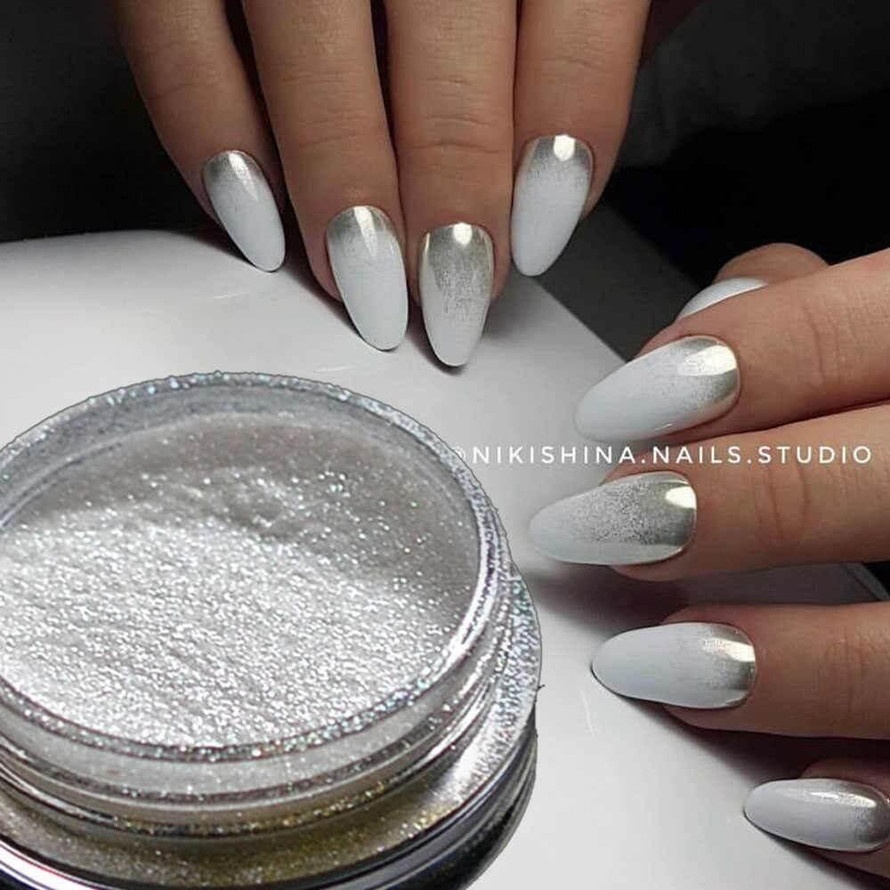 uñas plata efecto espejo degradado blanco