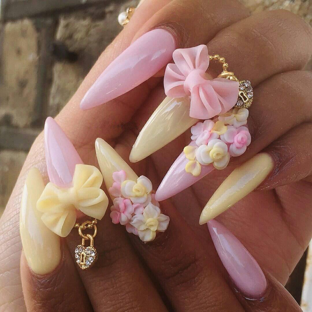 uñas acrilicas con flores 3d