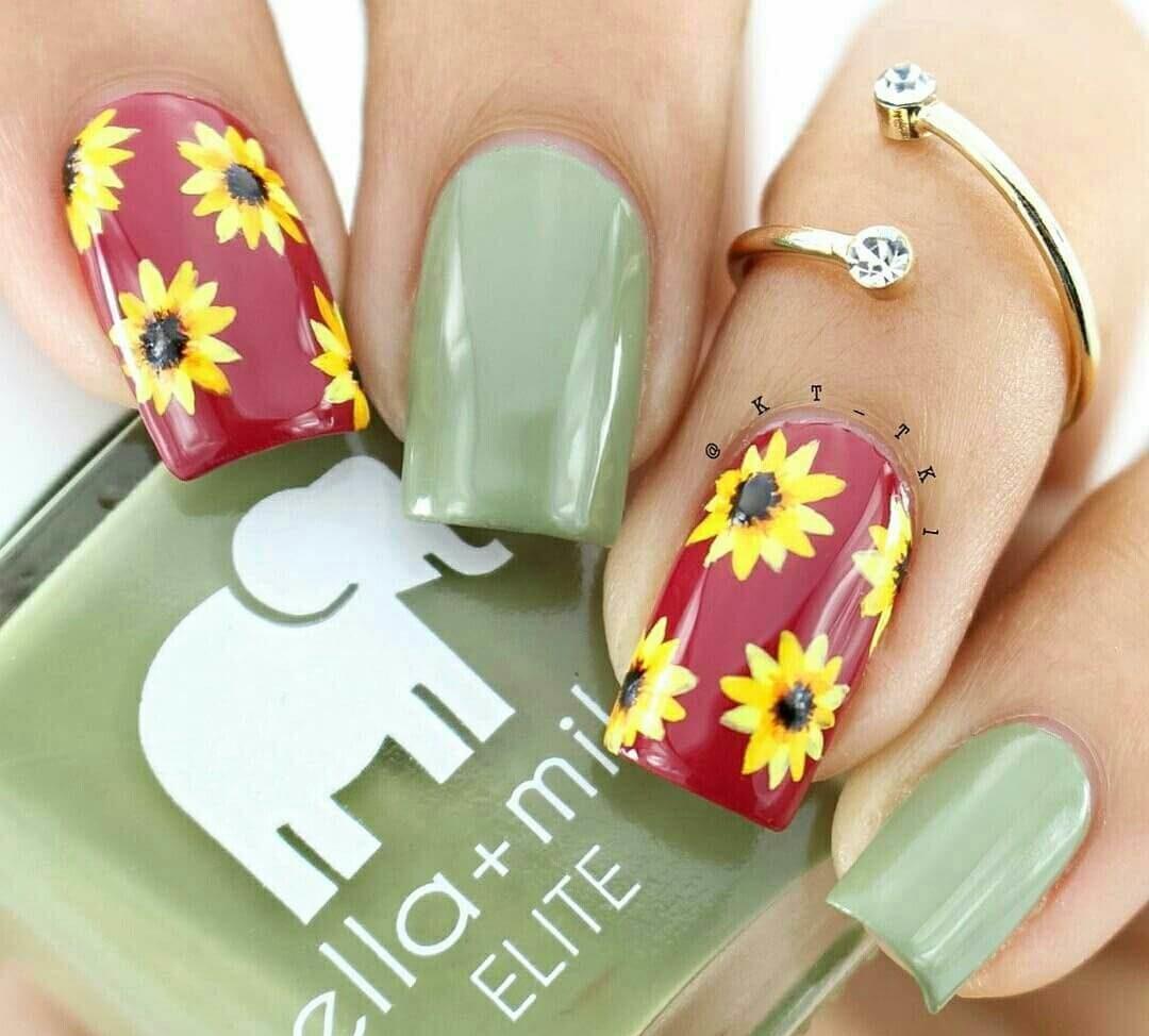 uñas con flores girasol