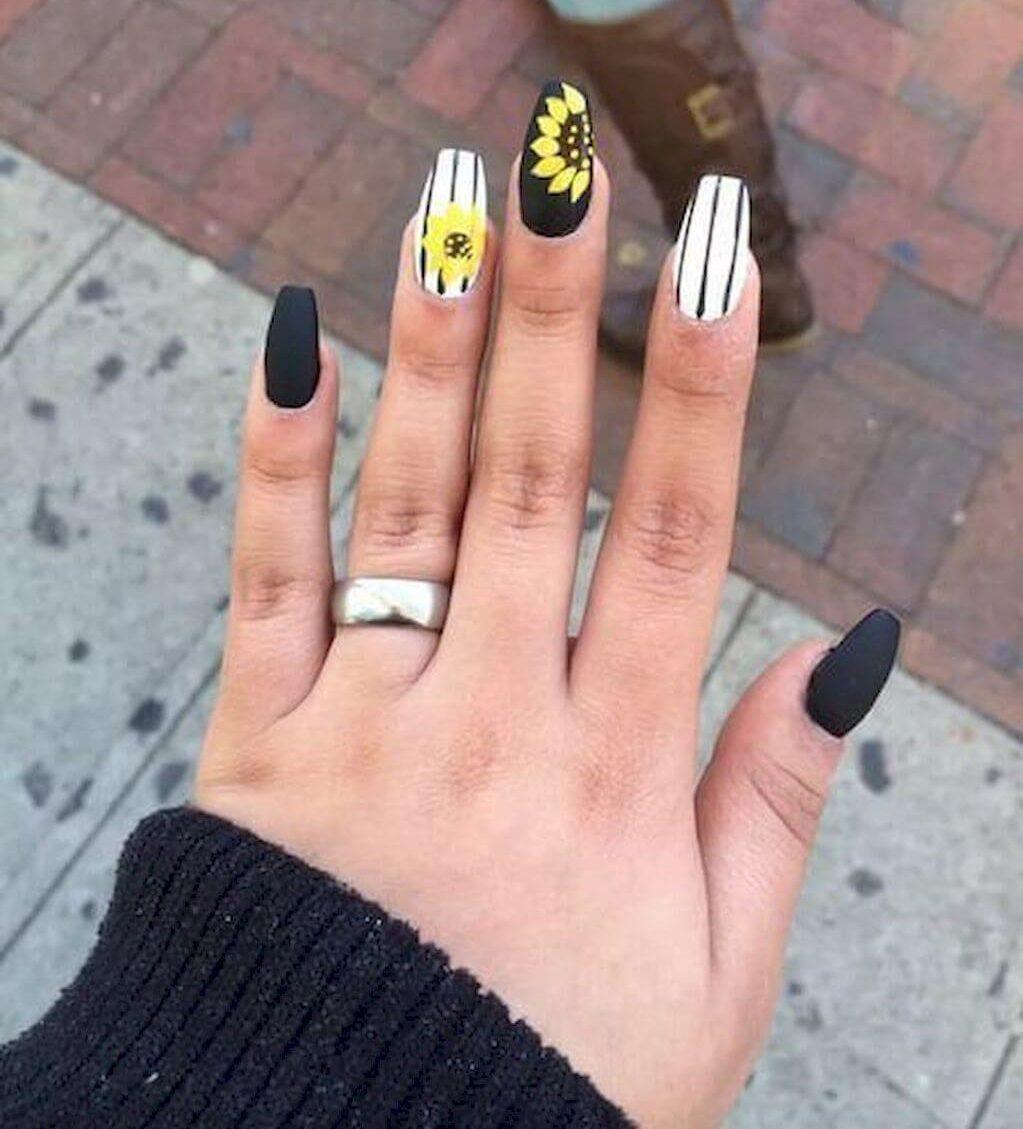 uñas de girasol